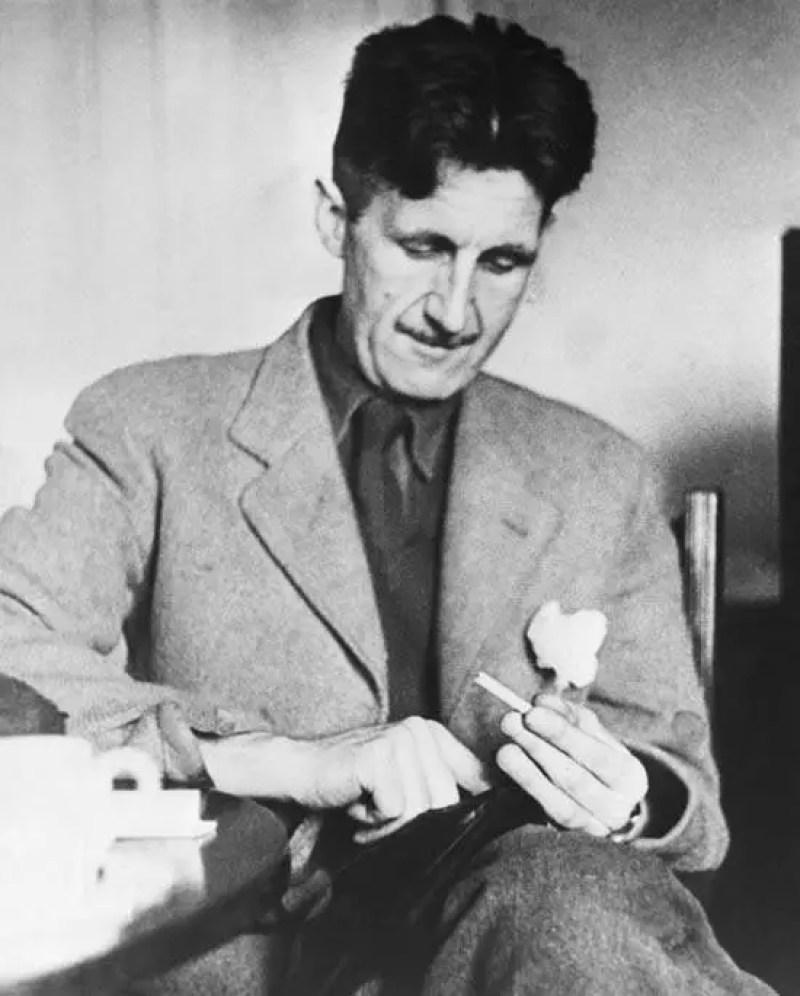 Fotografia do escritor britânico George Orwell
