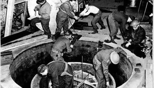Desenvolvimento de tecnologia secreta nazista. (Domínio público).