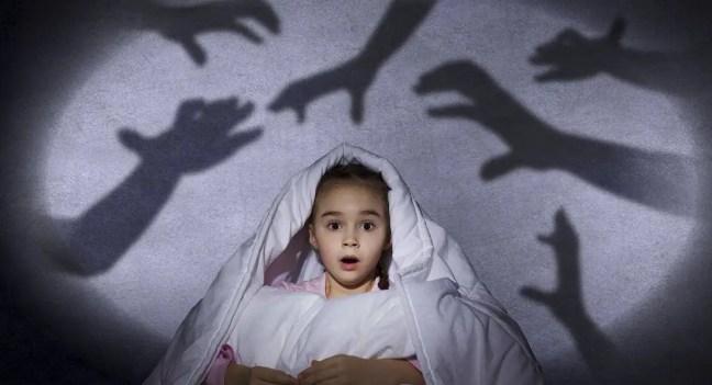 As crianças têm um sexto sentido que lhes permite ver fantasmas?