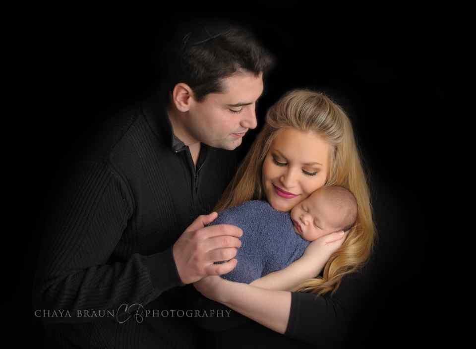 newborn and parents photo