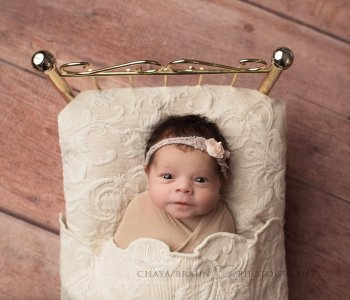 newborn baby photo in Maryland