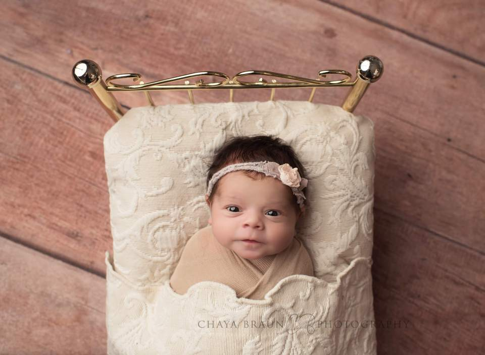 newborn baby photo in Maryland