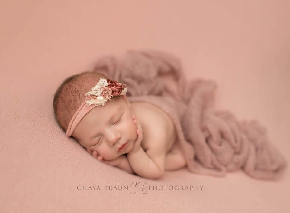 newborn baby photographer in Maryland
