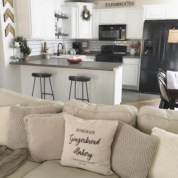 I just can't get enough of this pillow it's the perfect addition to our winter living room and will go great with some pops of red for Christmas. And if you haven't already noticed there's a hint of color in the kitchen already ❤️❤️❤️