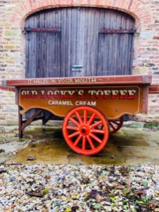 tOFFEE HAND CART