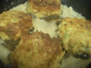 Cooking Crab Cakes from Leftover Crab