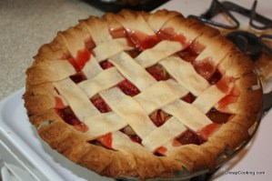 strawberry rhubarb pie with lattice crust