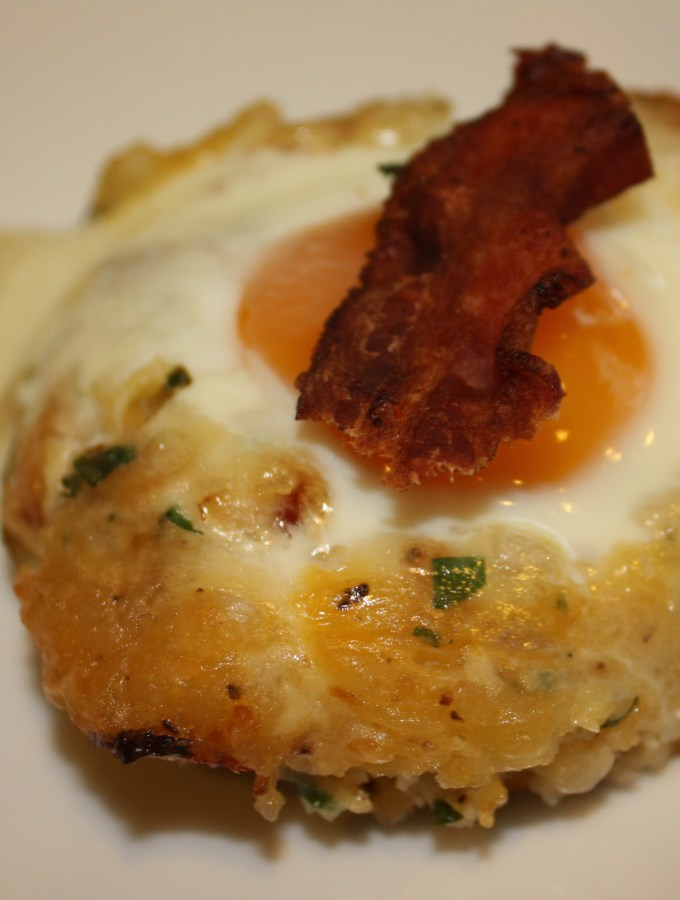 Stuffed Potato with Egg and Bacon