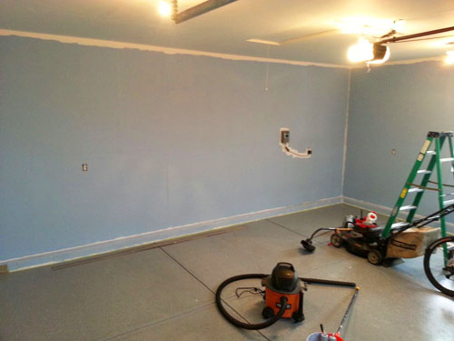 Priming Amp Painting Garage Walls And Ceiling