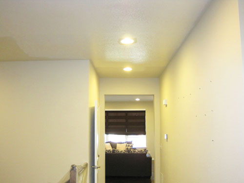 Painting hallway ceiling white