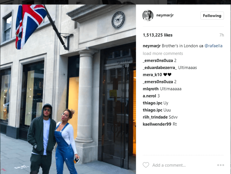 Neymar And Rafaella Takes A Trip To London 4