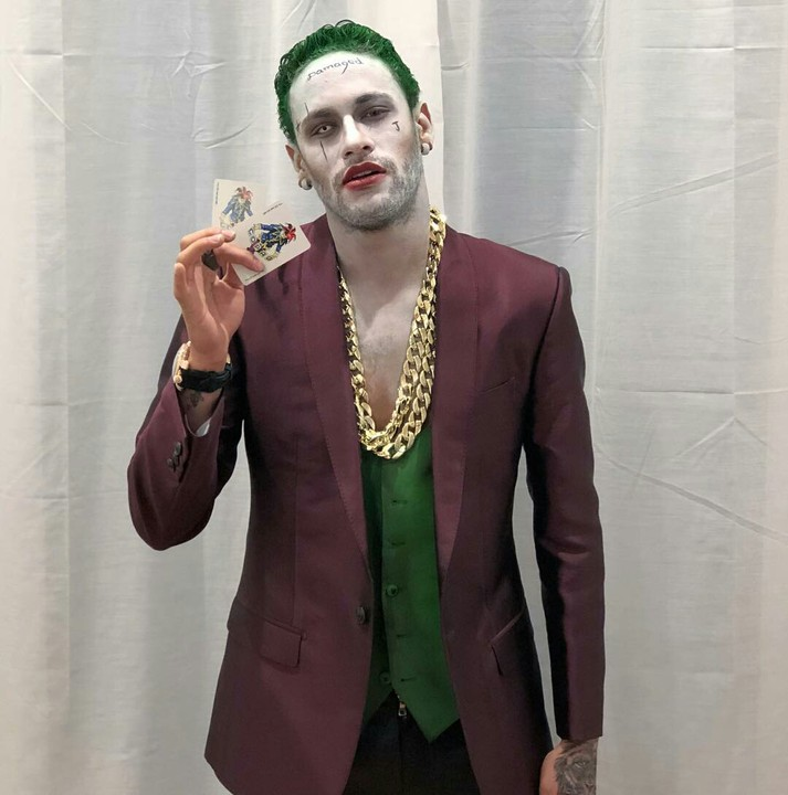 Neymar Jr Dresses As Joker For Halloween 8