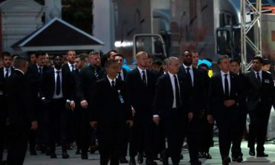 Leicester City Players Attend Funeral Service of Late Club Chairman In Thailand 3