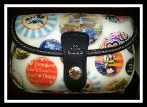 Dooney and Bourke, Dooney & Bourke purse, Disney Dooney, Disney purse, Disney wristlet, free contest