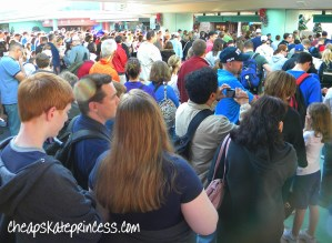 is it crowded at Disney World at Christmas, should I go to Disney World at Christmas, Disney at Christmas, Disney crowds,