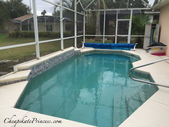 rental house with a pool in Orlando