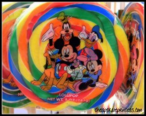 Disney World snacks, bring your own snacks to Disney World, what snacks should you bring to Disney, can you take snacks into the Magic Kingdom, Disney busker, Disney lollipop, Disney lollypop
