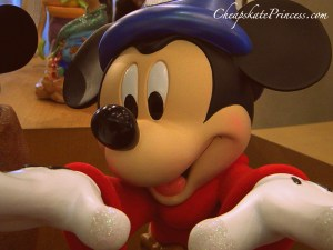 Mickey Mouse, Mickey Mouse statue, where to buy Mickey Mouse, where to buy Mickey Mouse art, where to buy Disney art, where to shop for Disney art