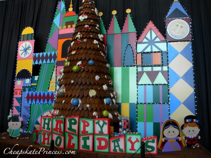 Disney's cookie tree, Disney's gingerbread tree, what is in Disney's gingerbread tree,