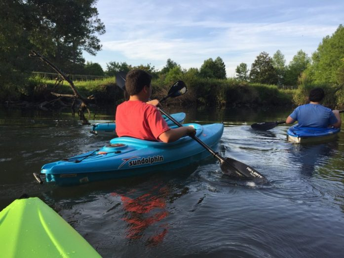 kayaking with kids in Alabama