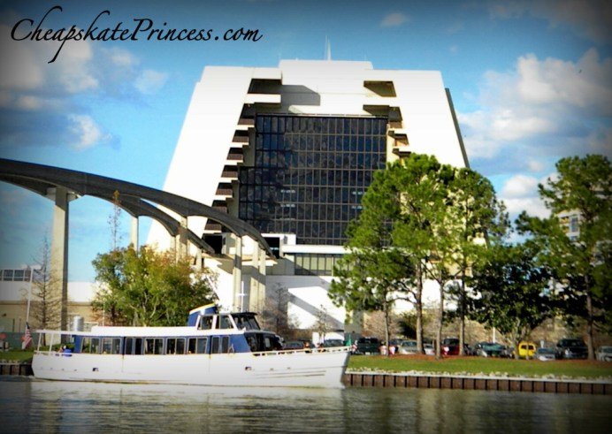 boat over to the Contemporary Resort, free Disney activities