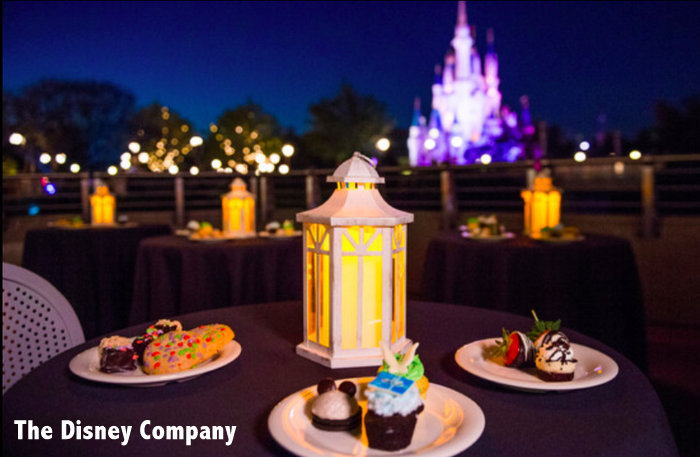 treats and drinks at Wishes Fireworks Dessert Party