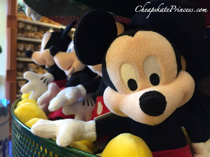 mickey-mouse-doll-at-walt-disney-world