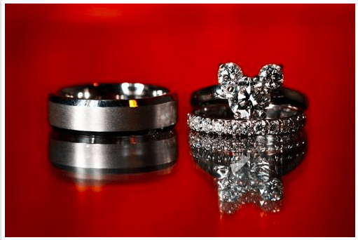 Disney engageent rings, Mickey Mouse wedding rings