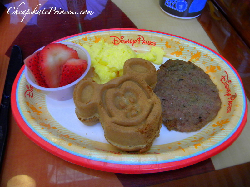 kids breakfast at the Contemporary Resort at Disney World
