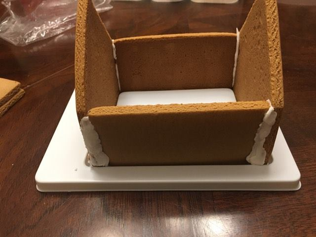 Disney gingerbread Mickey Mouse house