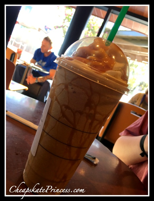 starbucks-frapachino-at-disney-springs