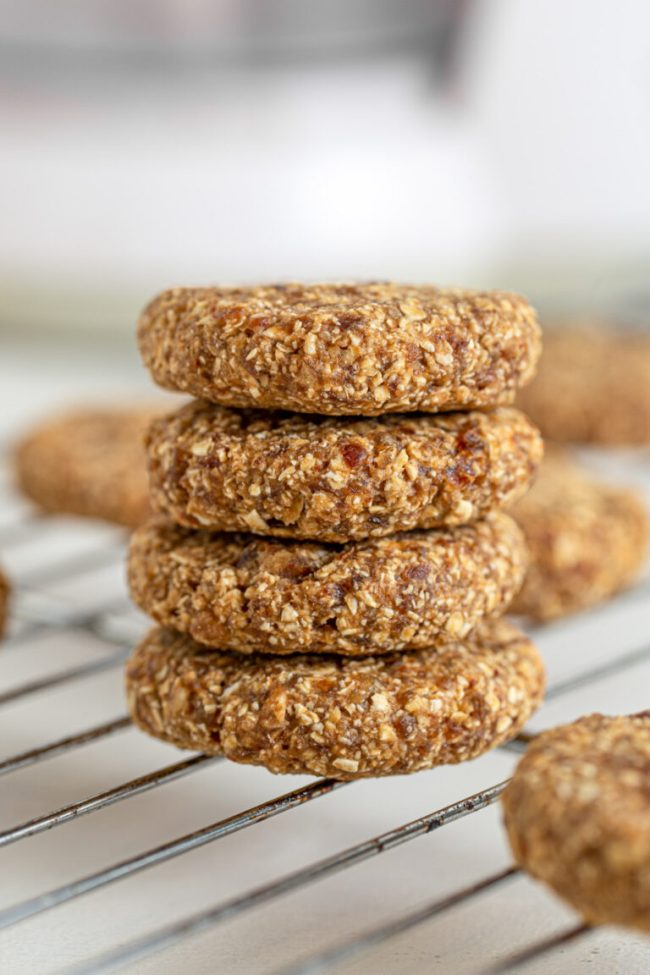3 ingredient oat cookies