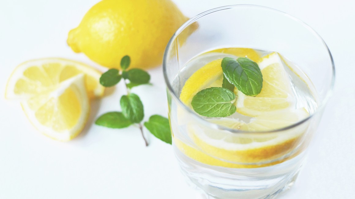 5 Miracle Detox Water Recipes for Healthier Life