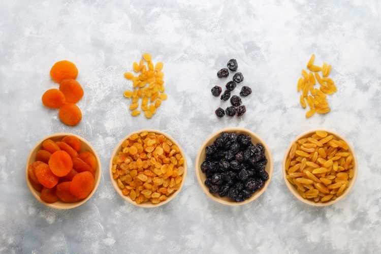 unhealthy food advertised as healthy dried fruit