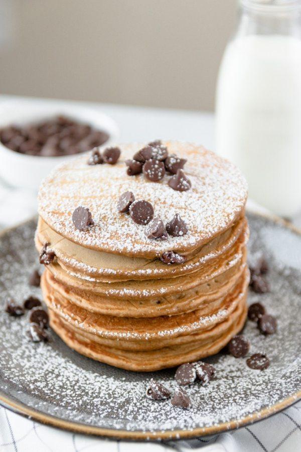 chocolate chip coffee pancakes