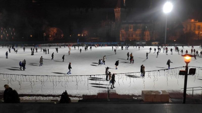 החלקה על הקרח בבודפשט