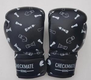 chess-gloves
