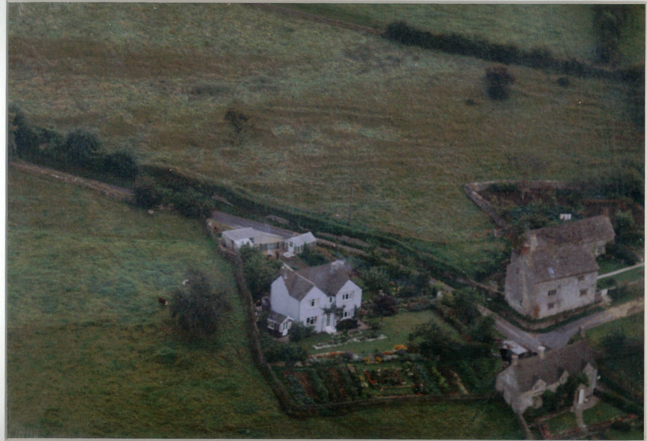 Aerial photo taken in 1962 of Cook's Hill with Hill Farm, Wellspring & Laurel Cottage. Note much less vegetation compared to today.