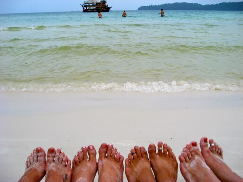 Multi-toes pic. Koh Rong, Cambodia