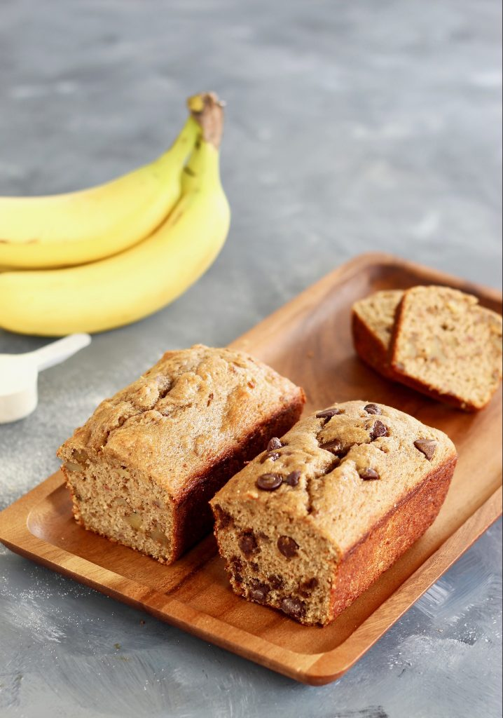 High Protein Banana Bread is a healthier twist on the classic loaf–including whole grains, collagen peptides, and no added sugar! This loaf is naturally sweetened from ripe bananas and dates. #ProteinRecipes #BananaBread #Collagen #BrownBananas #HealthyRecipes