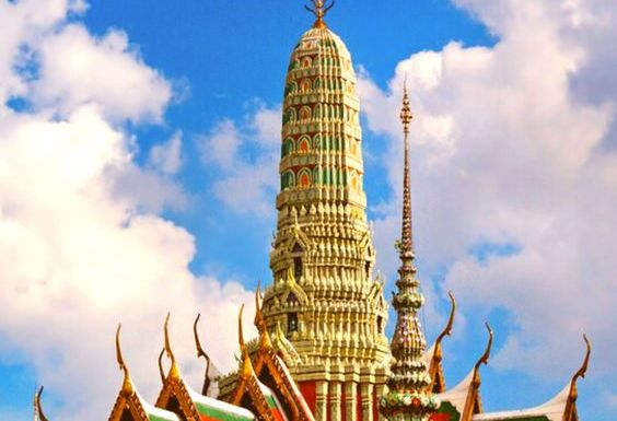 Your Bangkok Travel Guide : Things To Do, Where To Stay & Travel Tips
