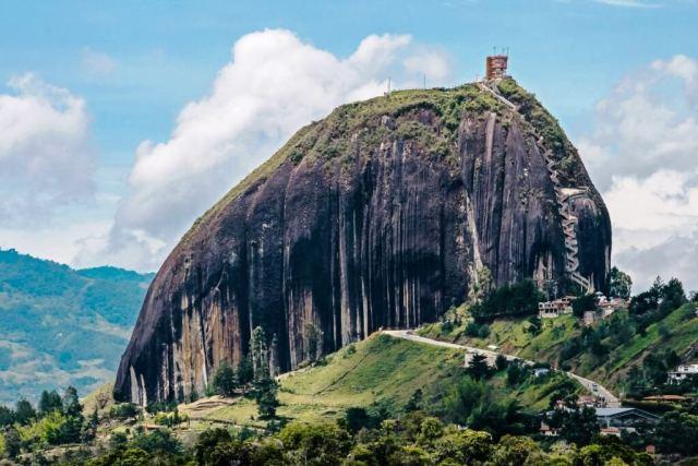 Peñol de Guatape - Medellin Itinerary