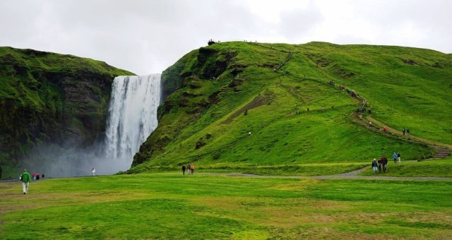 Skogafoss - Iceland Honeymoon