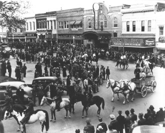 1942 Rodeo Day on the Square