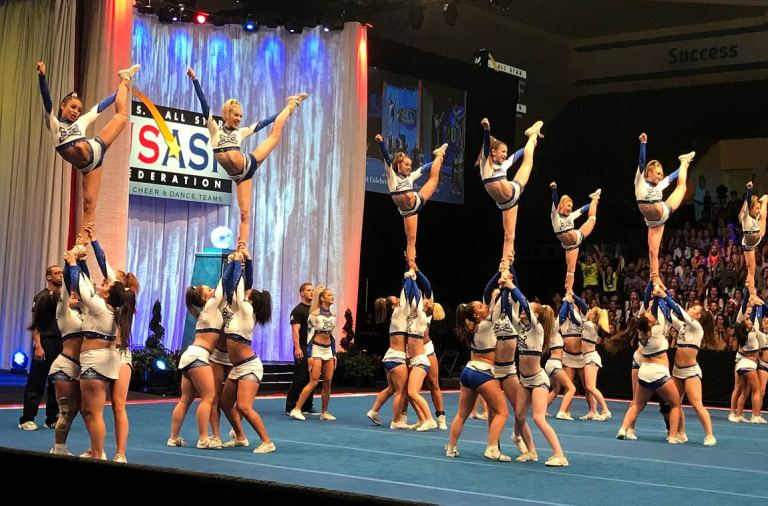 The-Moments-That-Defined-Cheerleading-in-2017-Year-in-Review