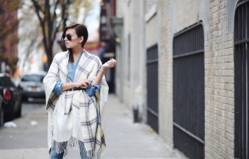 Belted outerwear with jeans