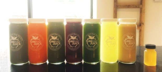 cheeryandcharming_pure-raw-juice_clease-set.jpg