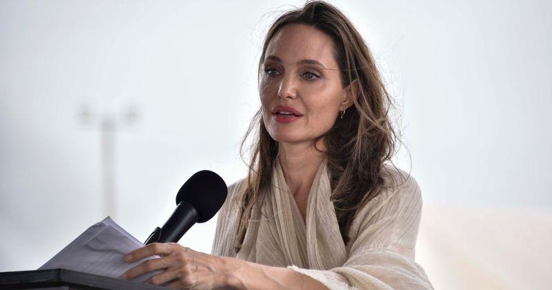 ¿Maléfica estúpida?  El épico reencuentro de Angelina Jolie con Elle Fanning al comienzo del rodaje de la secuela