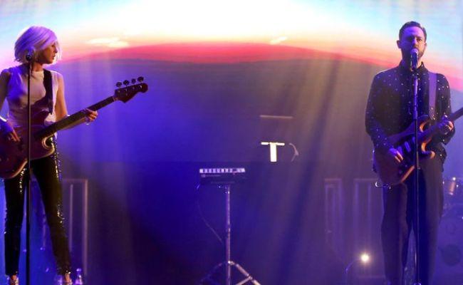 Phantogram S Ceremony Reflects Band S Musical Evolution