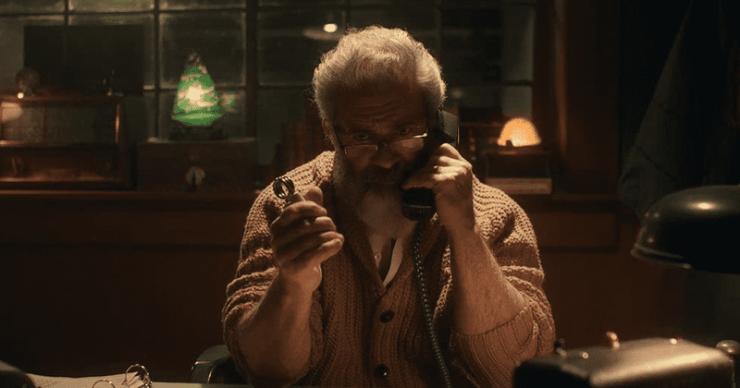 Revisión de 'Fatman': Mel Gibson hace justicia como un Papá Noel armado y molesto en una loca sátira navideña